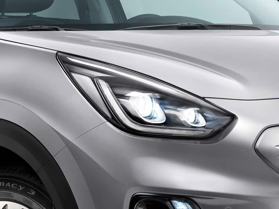 Kia e-Niro with High Beam Assist
